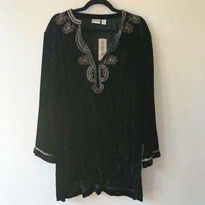 NWT Chico's Noble Velvet Kamila Black Shirt